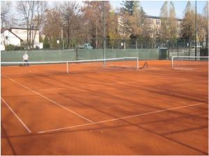 tenis-right